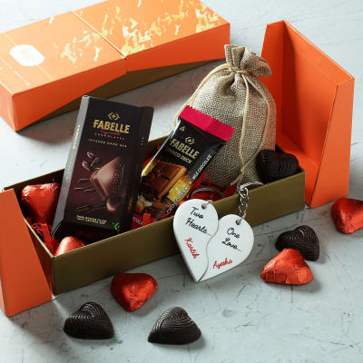 Personalized Hamper of Chocolates and Key Chains