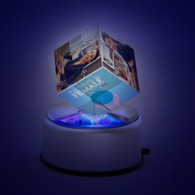 Personalized the future is female rotating crystal