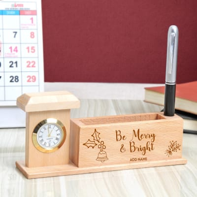 Personalized Wooden Pen Stand