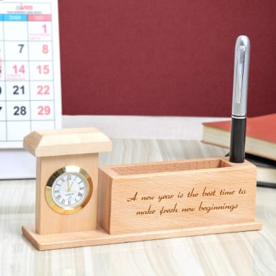 Personalized Wooden Pen Stand with Clock