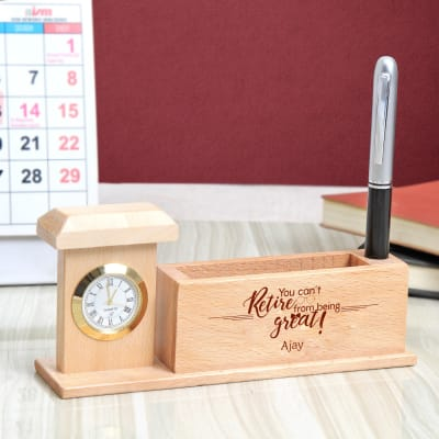 Personalized Wooden Pen Stand with Watch for Boss