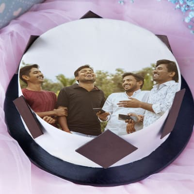 Photo Cake for Best Friends (Half Kg)
