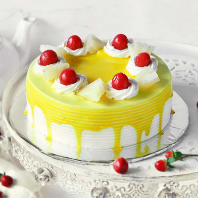 Pineapple Cake (Eggless) with Cherry Toppings (Half Kg)