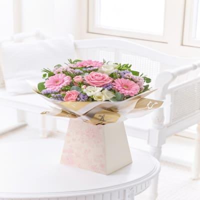 Send gifts to uk from india best gifts to london free gift pink gift box negle Gallery