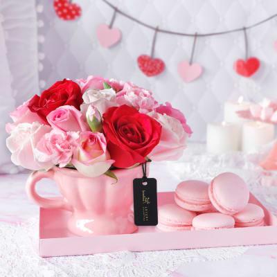 Pink Paradise Hamper