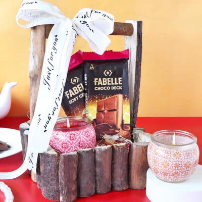 Premium Gourmet & Flavored Candles in Wooden Basket