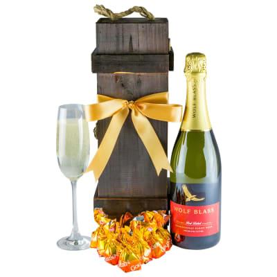 Red Addiction - Gourmet Wine Gift Hamper