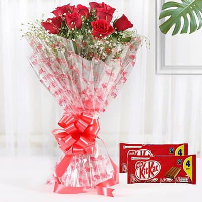RED ROSES AND KITKAT CHOCOLATES
