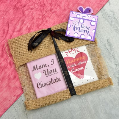 Roasted Almond Dark Chocolate Bars with Mom Quote in Jute Bag