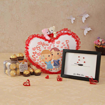 Romantic Message Frame with Hanging Heart & Ferrero Rocher Box: Gift ...