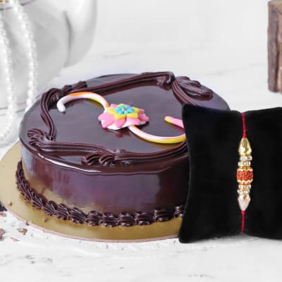 Rudraksh and Beads Rakhi with Chocolate Cake (Half Kg)