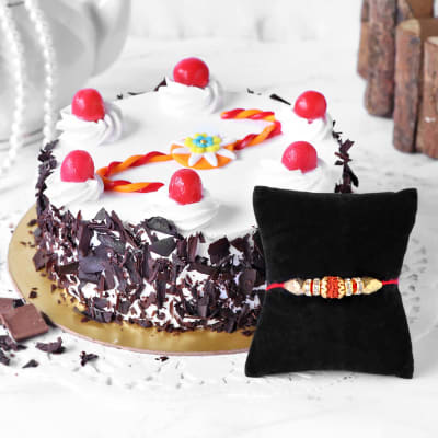 Rudraksh Rakhi with Black Forest Cake (Half Kg)