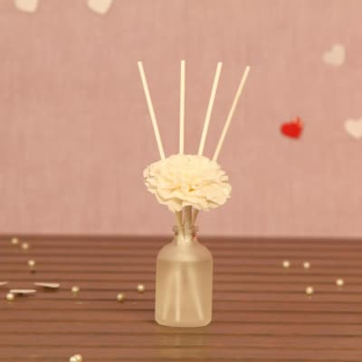 Scented Diffuser with Reed Stick and Artificial Flower