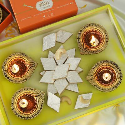 Set of 4 Decorative Clay Diya with Kaju Katli (250 gms)