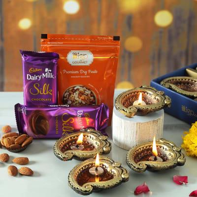 Set of 4 Designer Clay Diya with Chocolates & Dry Fruits
