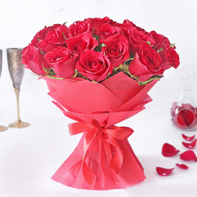 Shower Your Loved Ones with This Bouquet of 30 Red Roses
