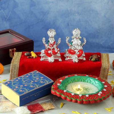 Silver Plated Laxmi Ganesha Idols with Big Clay Diya Hamper