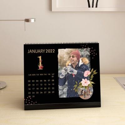 Table Calendar 2021 in Black