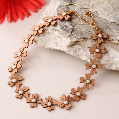 Trendy Flowery Necklace for Women