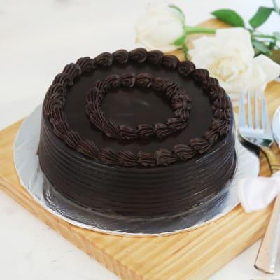 Truffle Chocolate Cake (Eggless) (2 Kg)