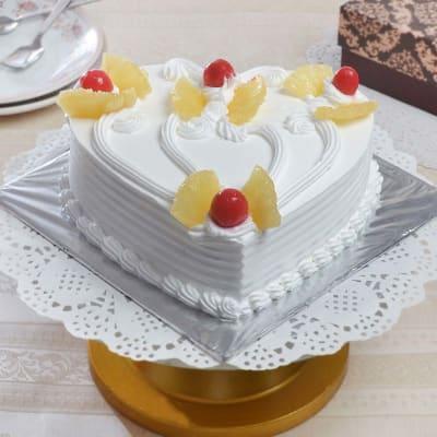 Valentine Heart Shape Pineapple Cake (Eggless) (1 Kg)