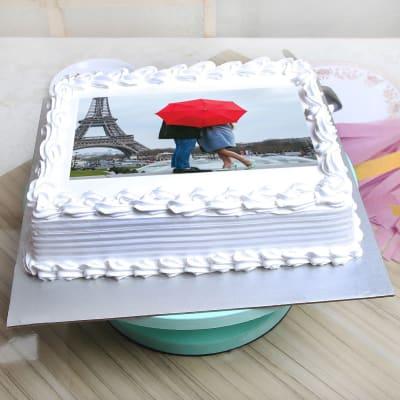 Vanilla Personalised Photo Cake (Eggless) (Half Kg)