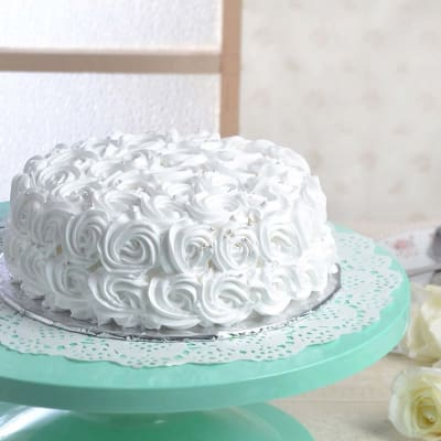 Vanilla Rose Cake (Eggless) (1 Kg)