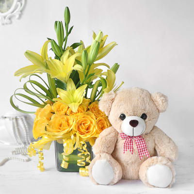 Yellow Lilies & Roses in Vase with Teddy