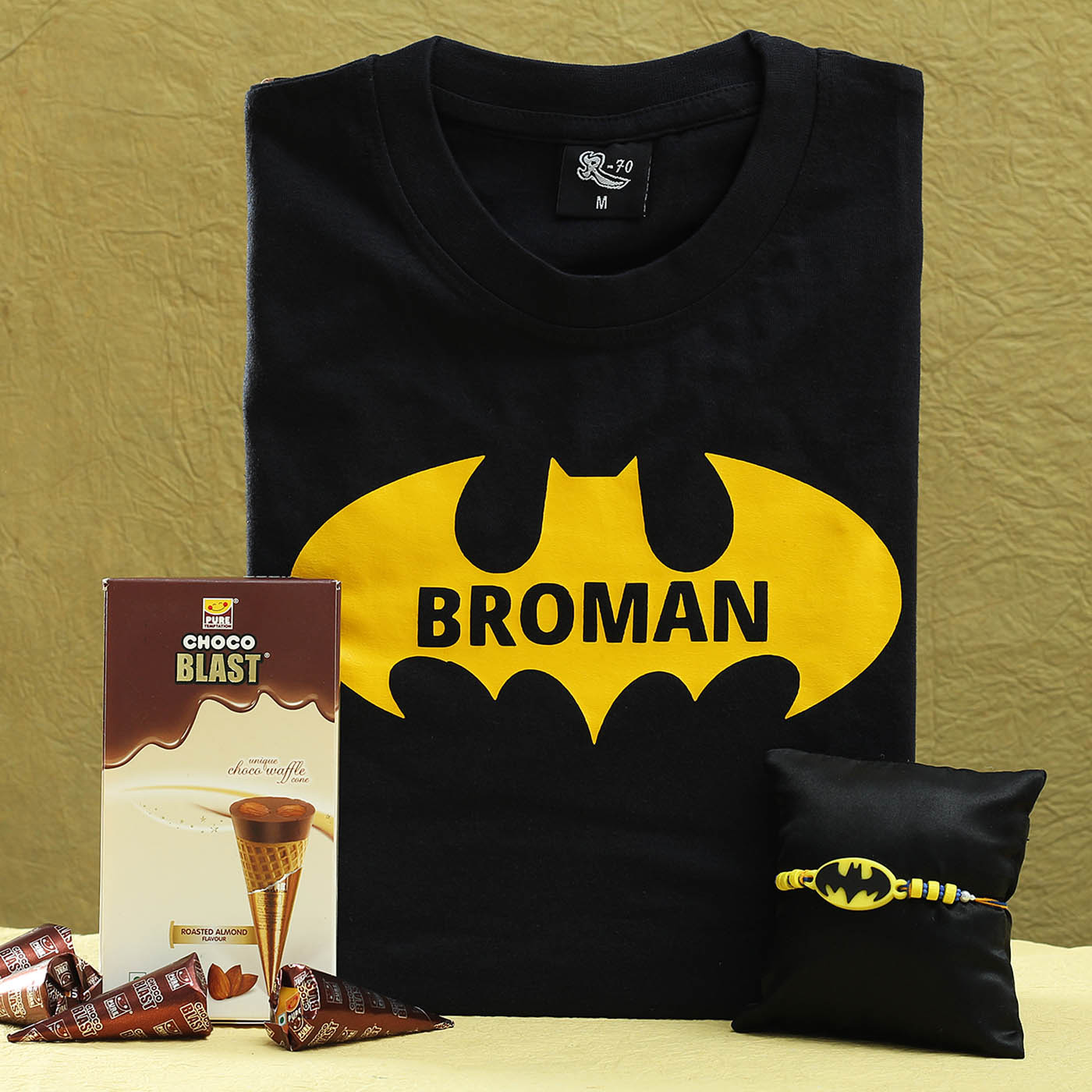 Superhero-kids-rakhi-with-black-printed-t-shirt-and-choco-blast